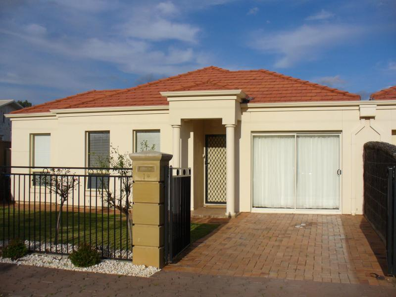 Hillcrest, South Australia, Adelaide, Australia Homestay