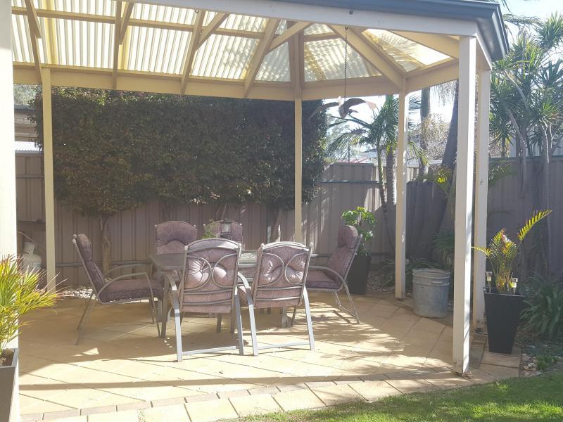Outdoor pergola/garden/BBQ