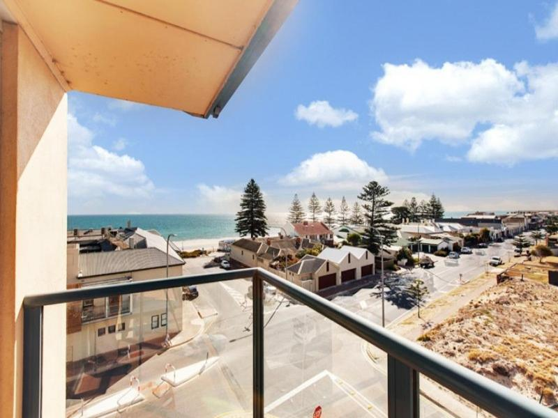 Henley Beach Apartment - view from Balcony