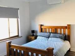 Homestay in Flinders Park
