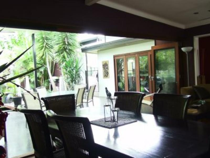 Indooroopilly, Queensland, Brisbane, Australia Homestay