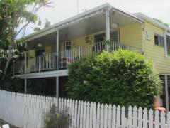 Homestay in Annerley