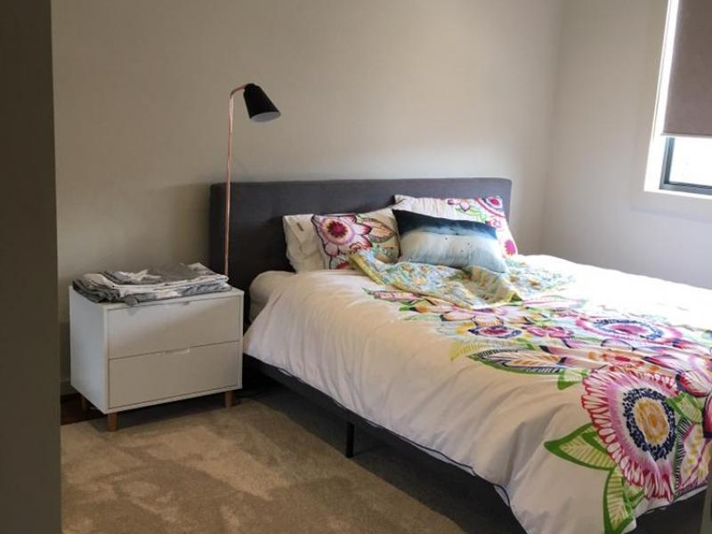 Franklin, ACT, Canberra, Australia Homestay