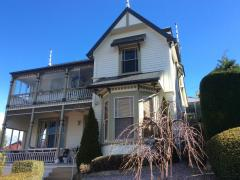 Homestay in West Hobart