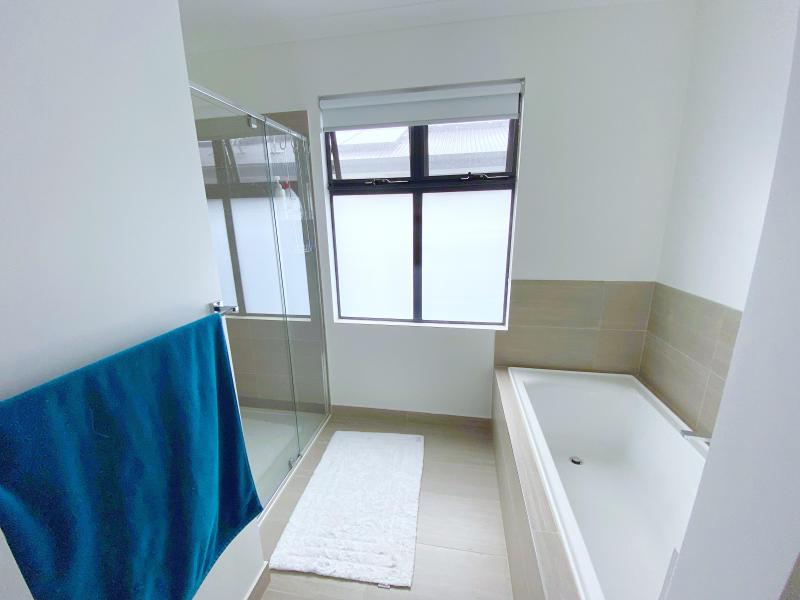 Private bathroom and toilet (not pictured) (potentially share with second Homestay in the future)