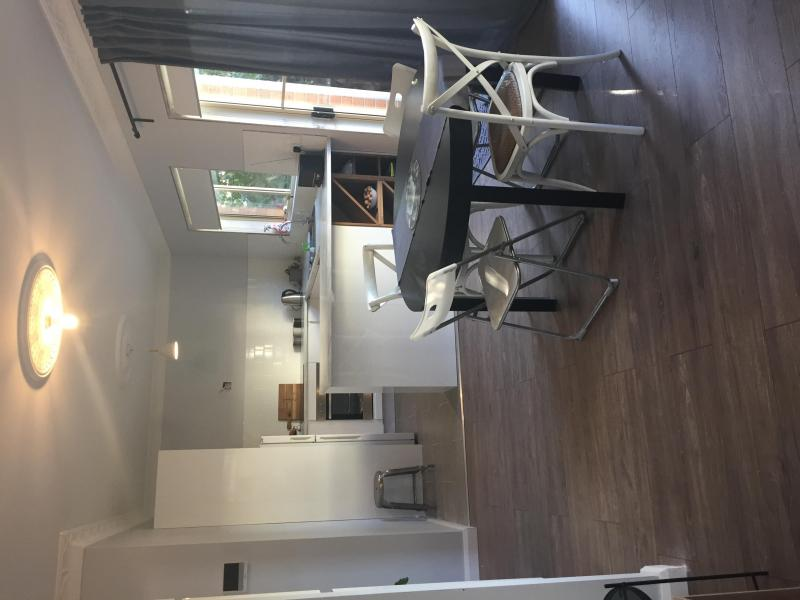 Kitchen/meals area