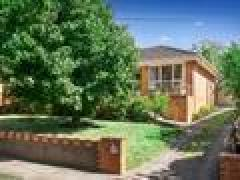 Homestay in Box Hill South