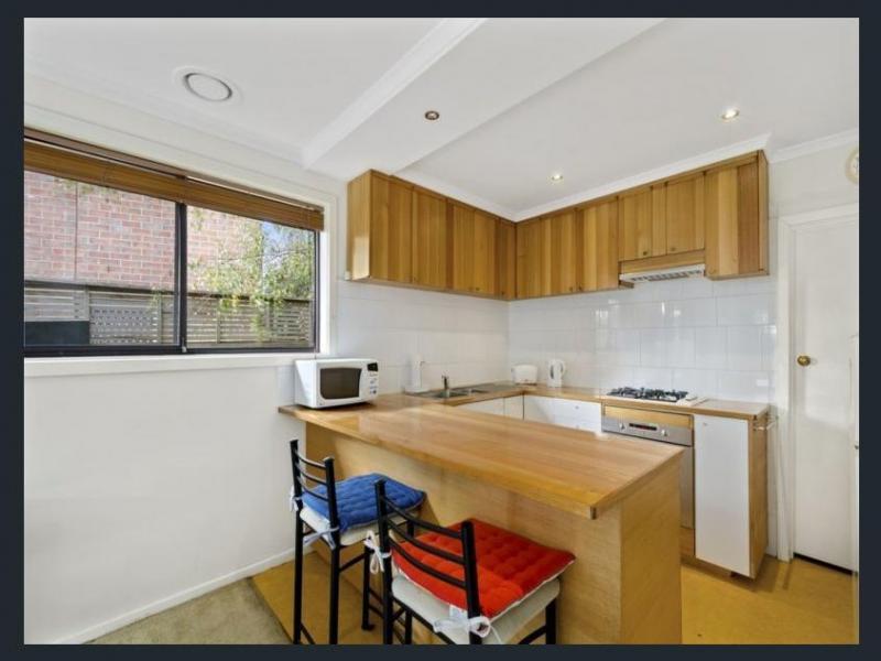 Brooklyn, Victoria, Melbourne, Australia Homestay