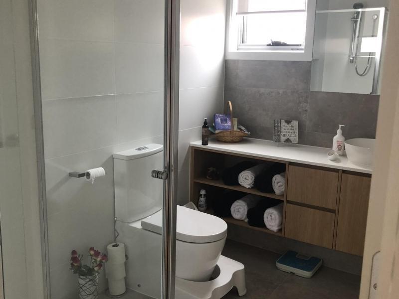 Nice spacious bathroom 1