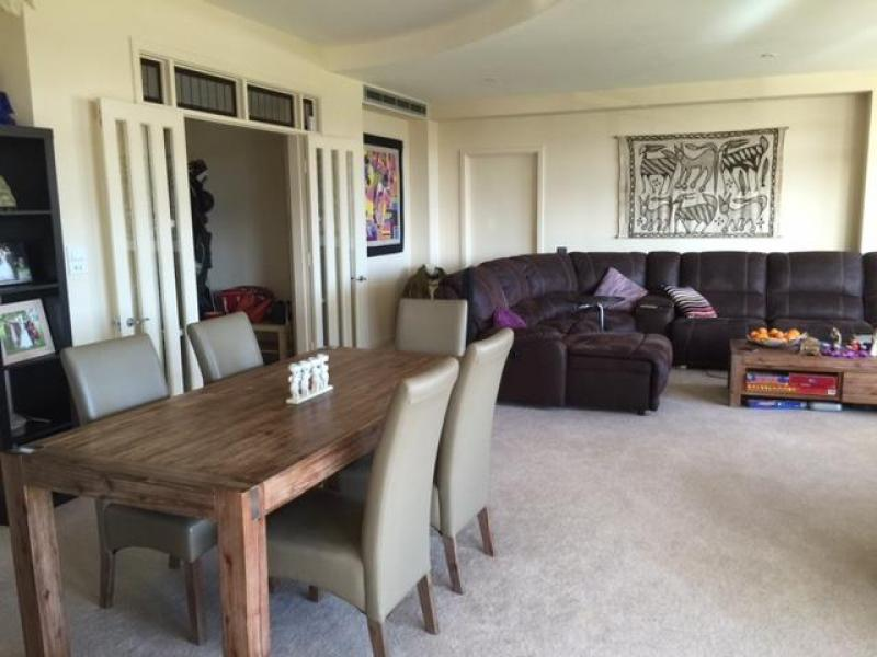 Dining area & Lounge