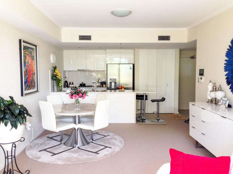 Modern kitchen. Air conditioned.