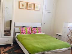 Homestay in Earlwood