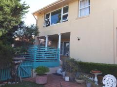 Homestay in Dover Heights