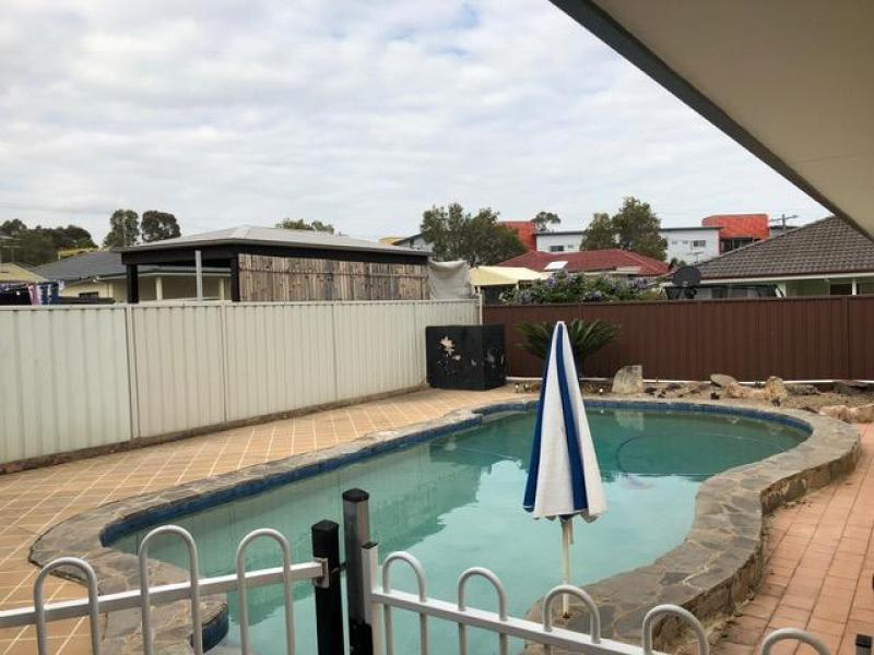 Pool next to the granny flat