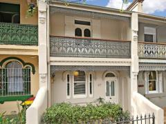 Homestay in Redfern