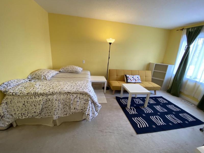 Master Bedroom Suite - Main Room
