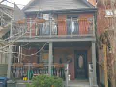 Homestay in Toronto-st clair west