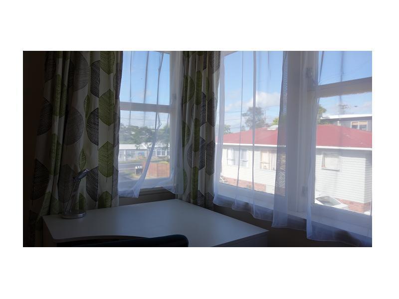 Room 2 p4