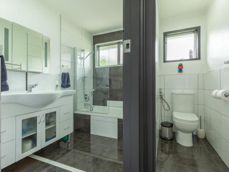 spacious bathroom and seperate toilet