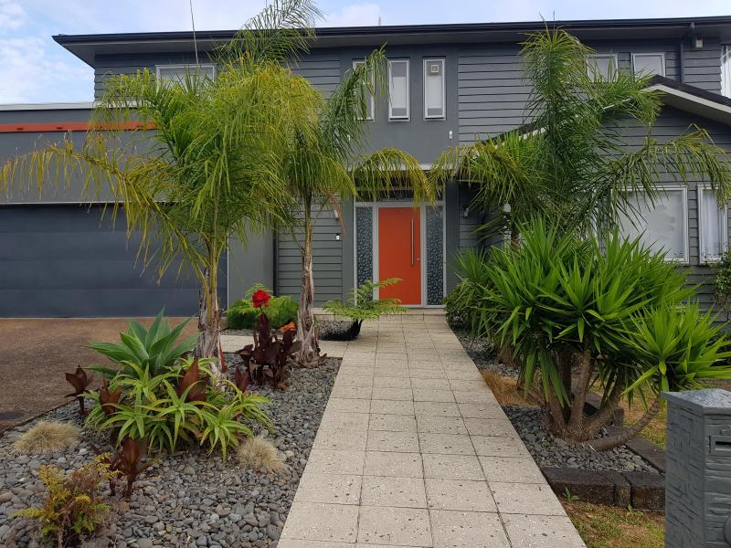 Henderson, Auckland City, Auckland, Auckland, New Zealand Homestay
