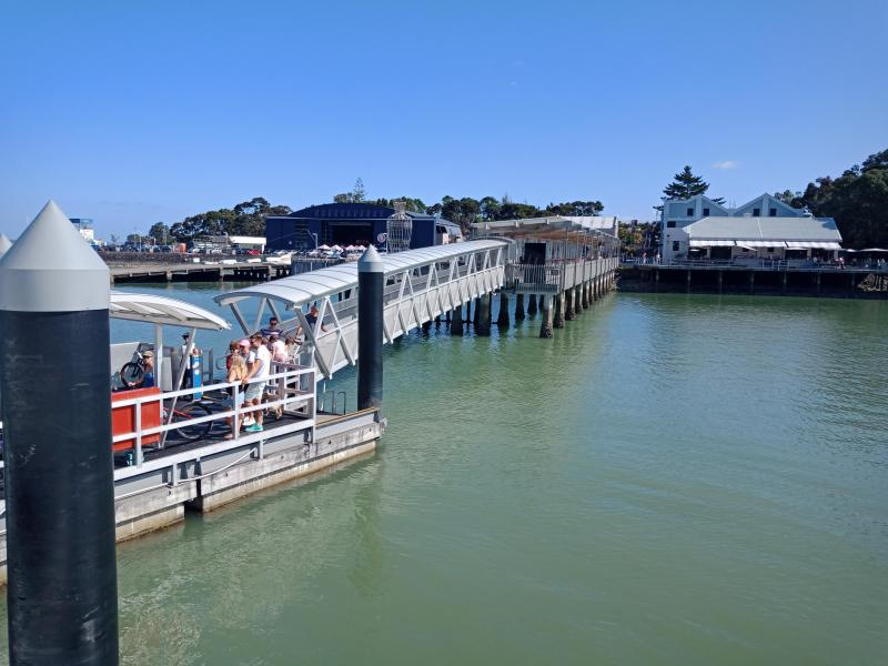 Ferry to / from Auckland CBD