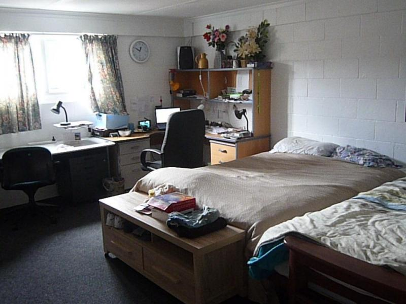Shared room 26 Sq  metres