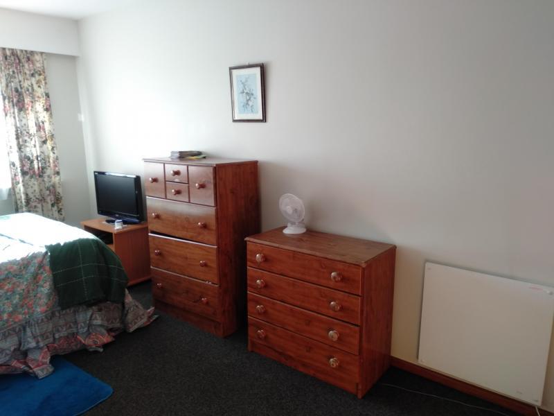 North Linwood, Canterbury, Christchurch, New Zealand Homestay